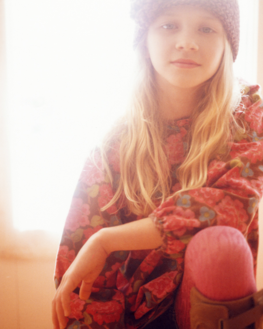 Fashion Lifestyle Image of Tween | Tosca Radigonda Photography