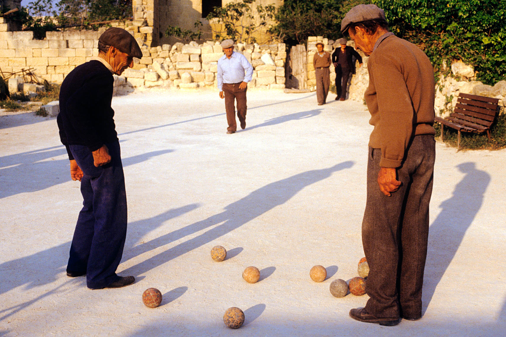 Bocce Ball Players | Tosca Radigonda Photography