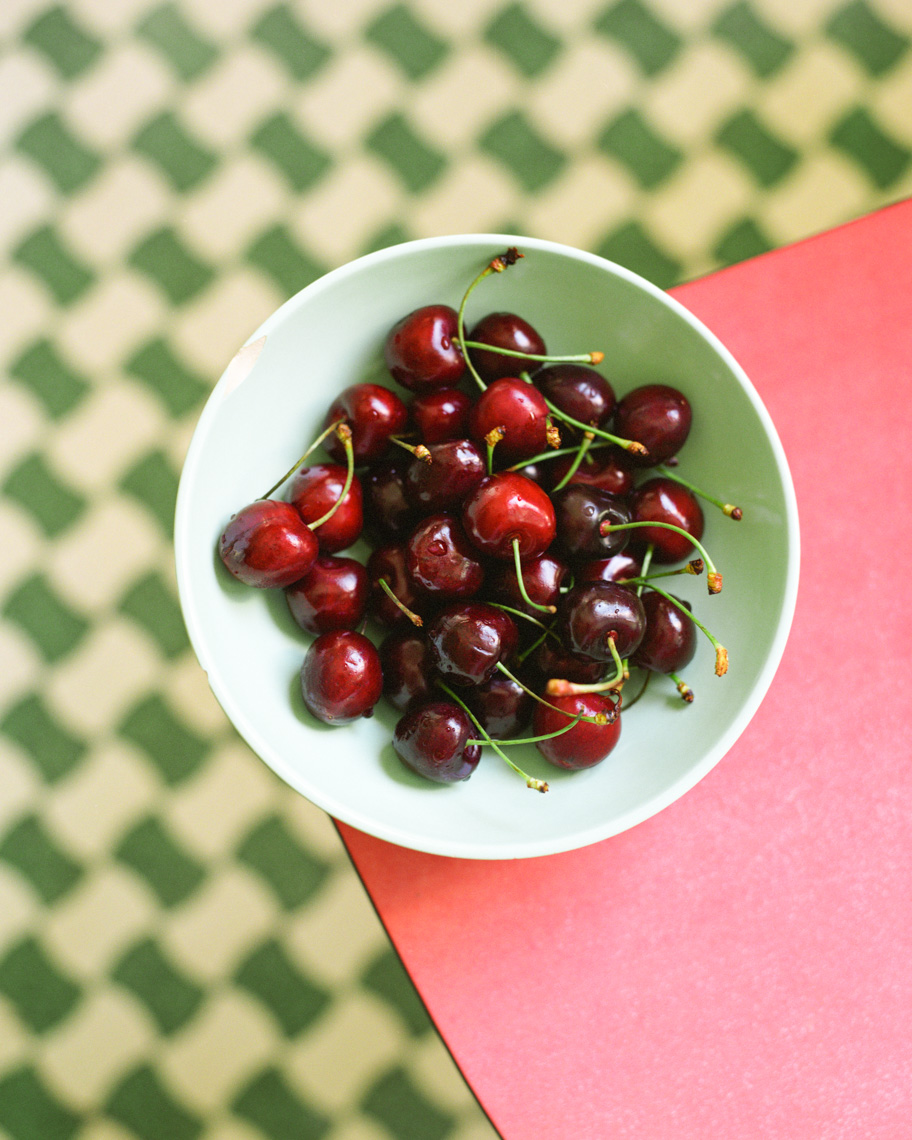 Still lIfe of Cherries | Tosca Radigonda Photography
