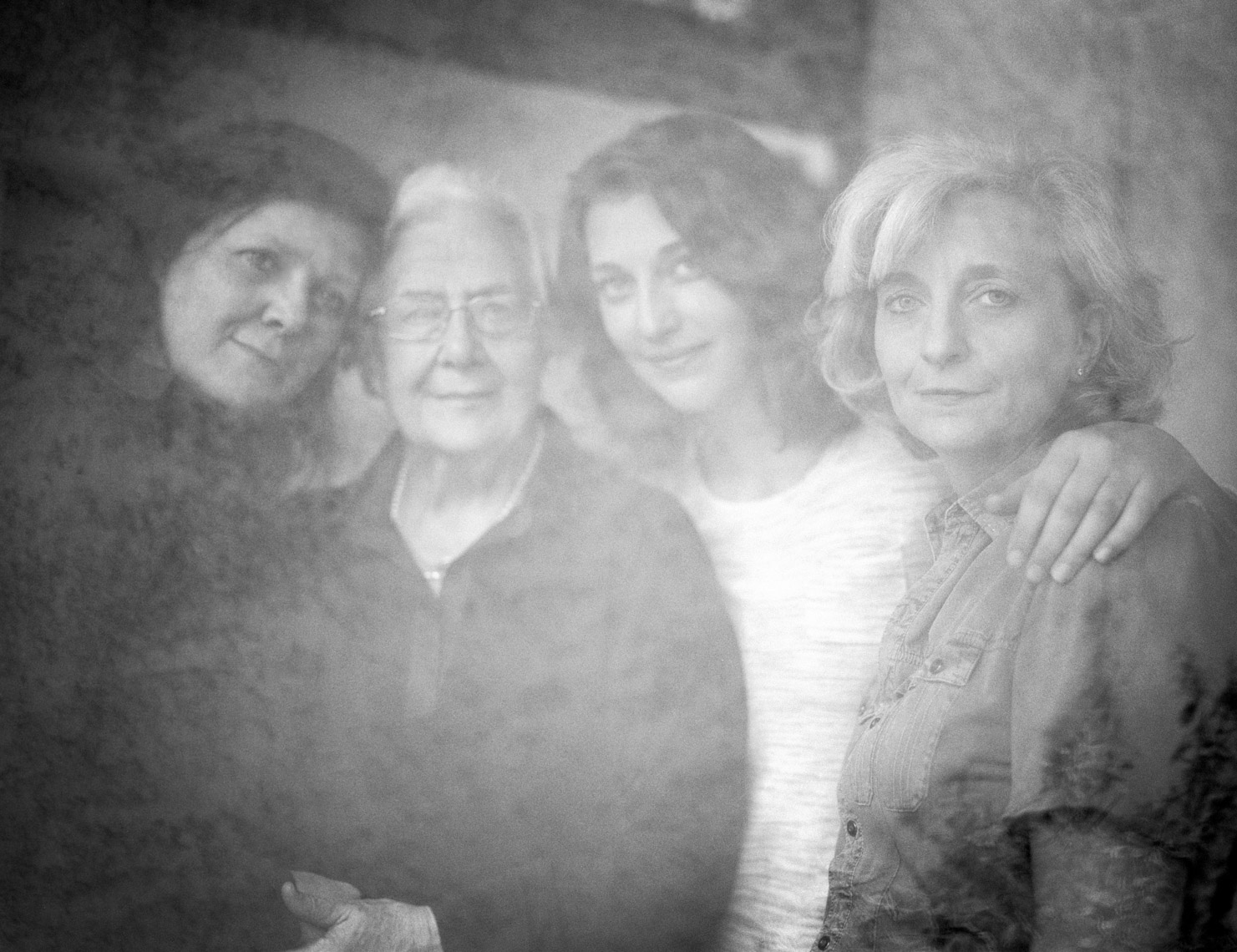 Portrait Of Italian Family | Tosca Radigonda Photography