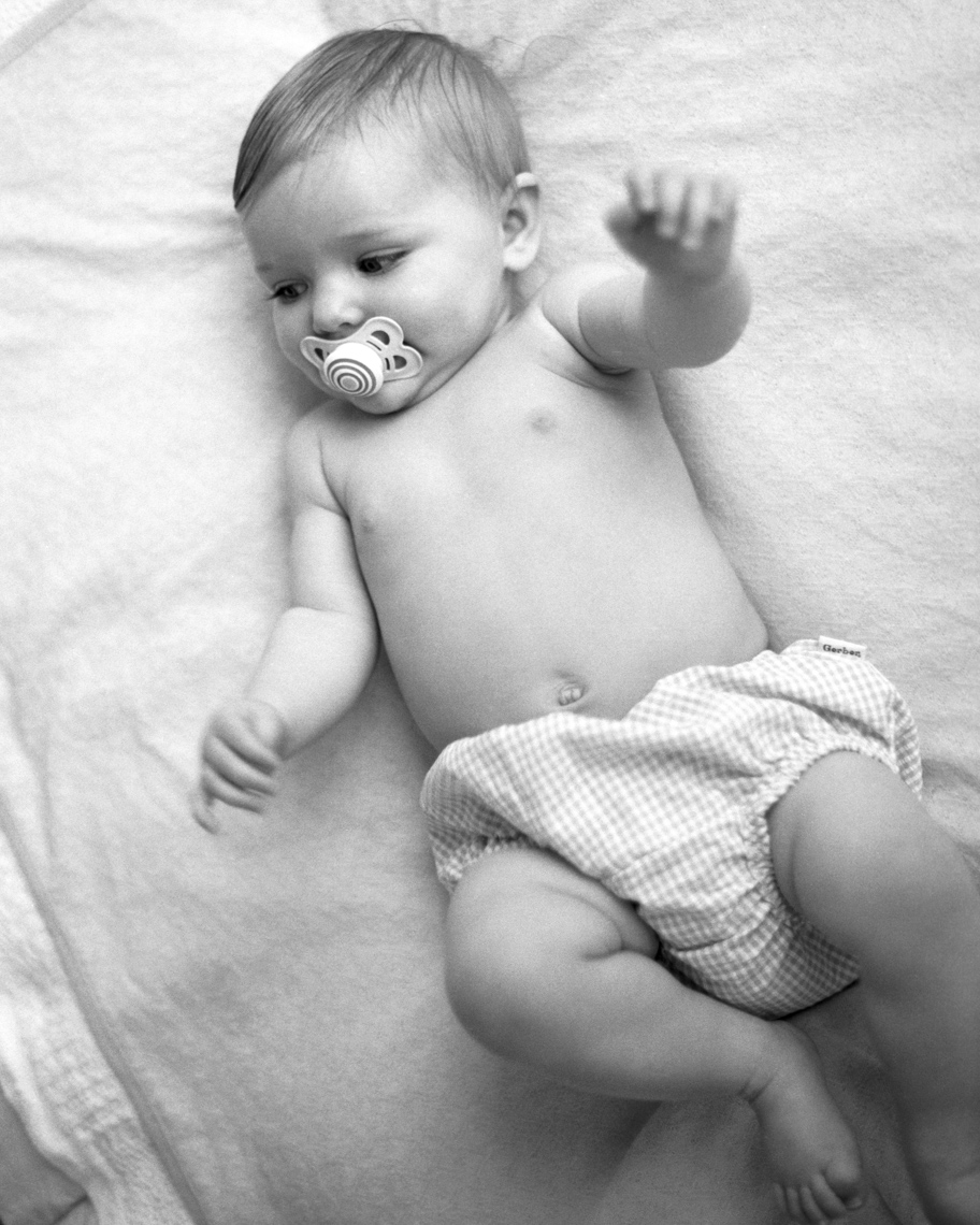 Lifestyle Image Of Baby | Tosca Radigonda Photography